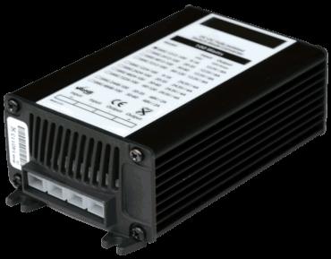 DC/DC converter 48V naar 12V 100W, 8A, geisoleerd, aanzicht linksvoor