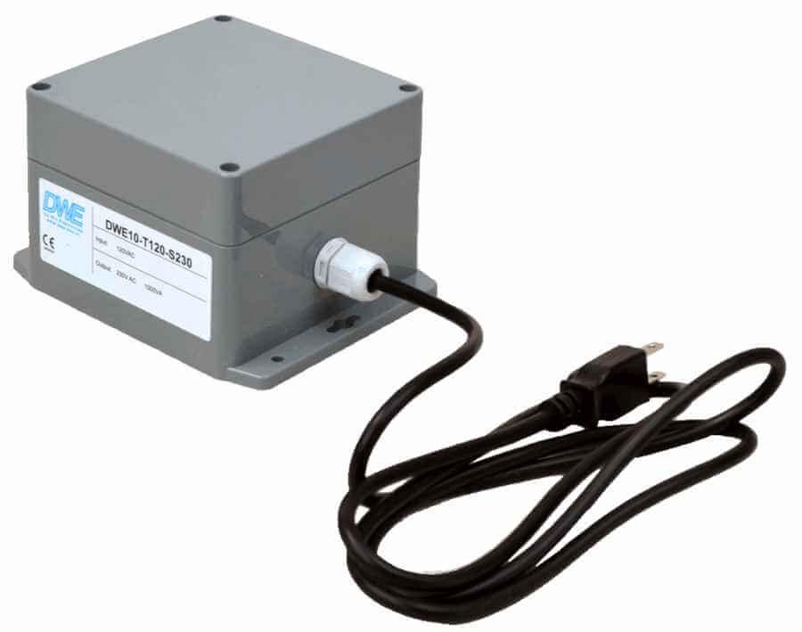 Transformator 120V naar 230V in behuizing