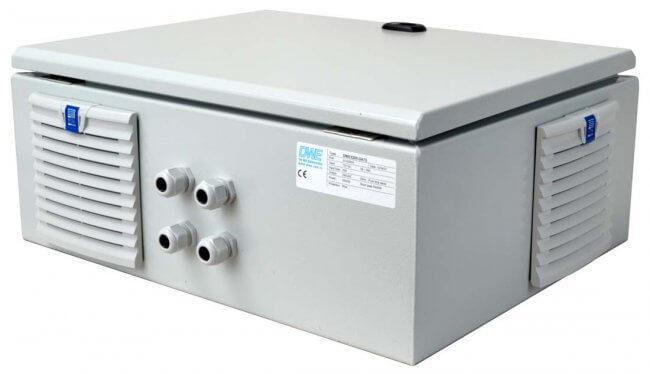 IP54 omvormer 72V naar 230V zuivere sinus 3200W, voorzijde rechts