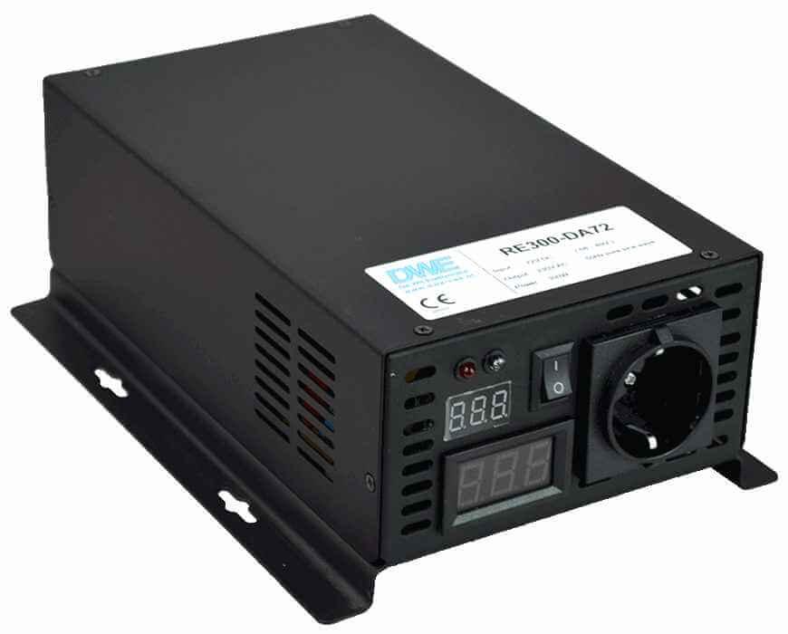 omvormer 12V naar 230V zuivere sinus 300W , voorzijde