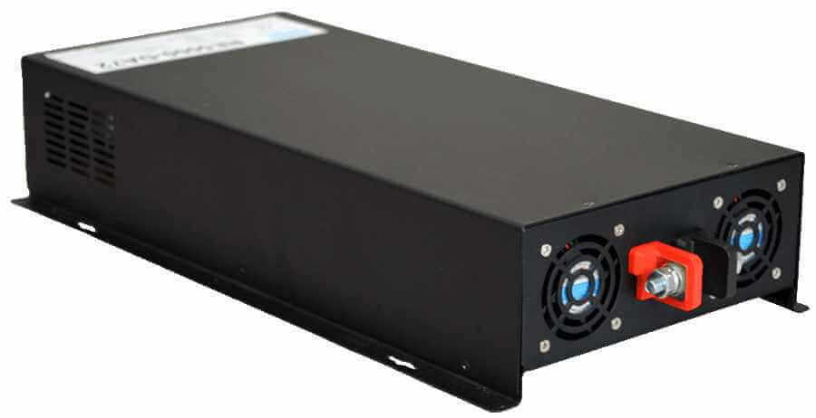 60V naar 230V omvormer 5000W zuivere sinus achterzijde